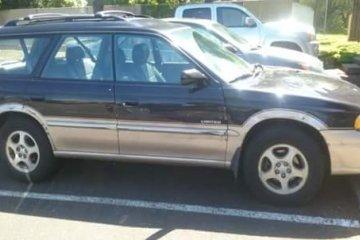 Junk Subaru Legacy 1999 Image