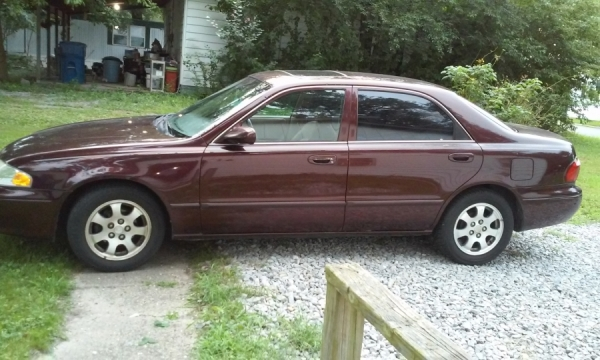 Good condition runs good tires clear title sunroof amfmradio cd player