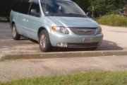 Chrysler Town and Country 2002