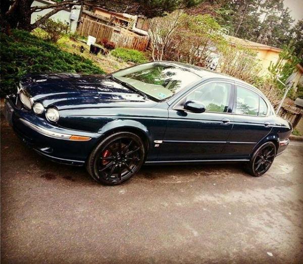 Junk Jaguar X-Type 2002 Photo