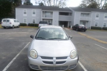 Dodge Neon 2005 - Photo 1 of 16