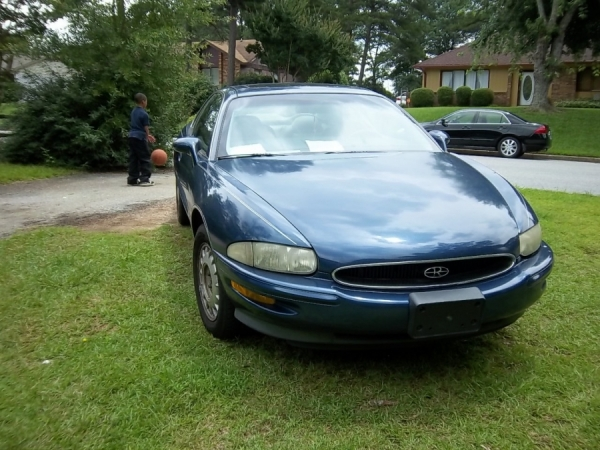 buick riviera 1995 for sale in spartanburg sc salvage cars. Black Bedroom Furniture Sets. Home Design Ideas