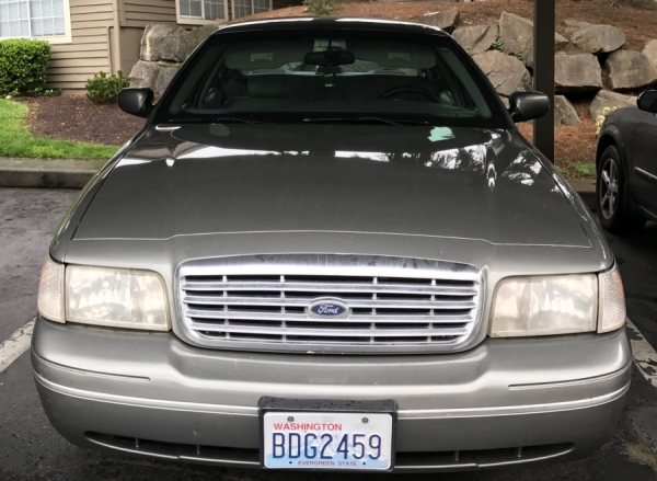 2000 ford crown victoria for sale in federal way wa salvage cars. Black Bedroom Furniture Sets. Home Design Ideas