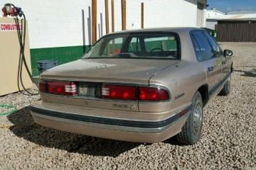 Junk Buick LeSabre 1993 Image