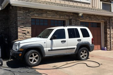 Jeep Liberty 2006 - Photo 1 of 2