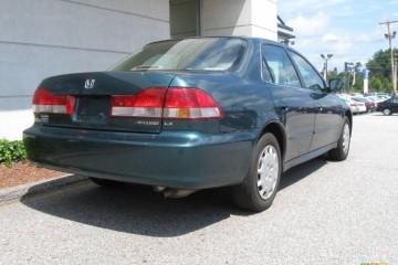 Junk Honda Accord 2002 Photo