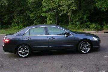 Junk Honda Accord 2004 Image