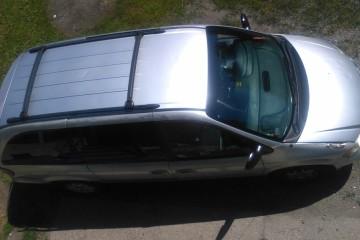 Junk Dodge Caravan 2002 Photo
