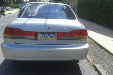 Honda Accord 2002 - Photo 6 of 7