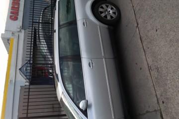 Volkswagen Passat 2003 - Photo 5 of 8