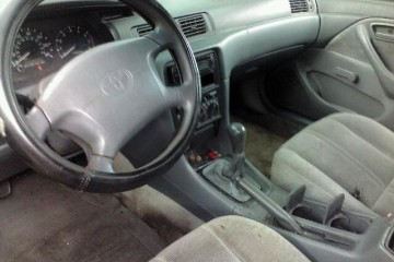 Toyota Camry 1998 - Photo 4 of 4