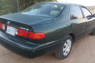 Toyota Camry 2000 - Photo 2 of 2