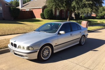 BMW 5 Series 2000 - Photo 1 of 10