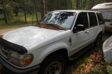 Ford Explorer 1997 - Photo 2 of 2