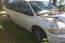 Chrysler Town and Country 1996
