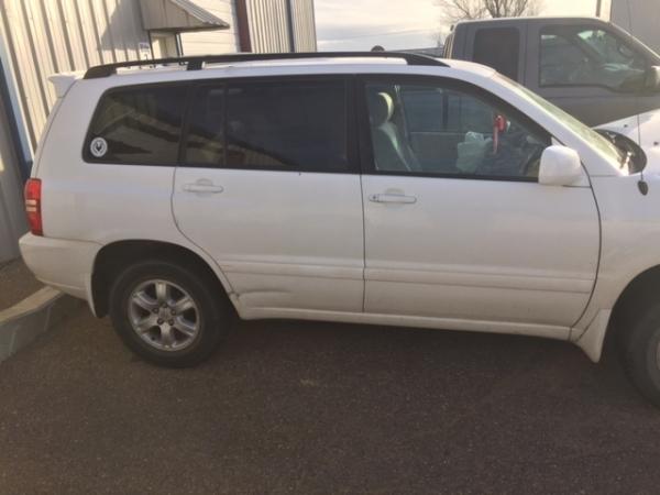 Toyota Highlander 2004 - Photo 3 of 3