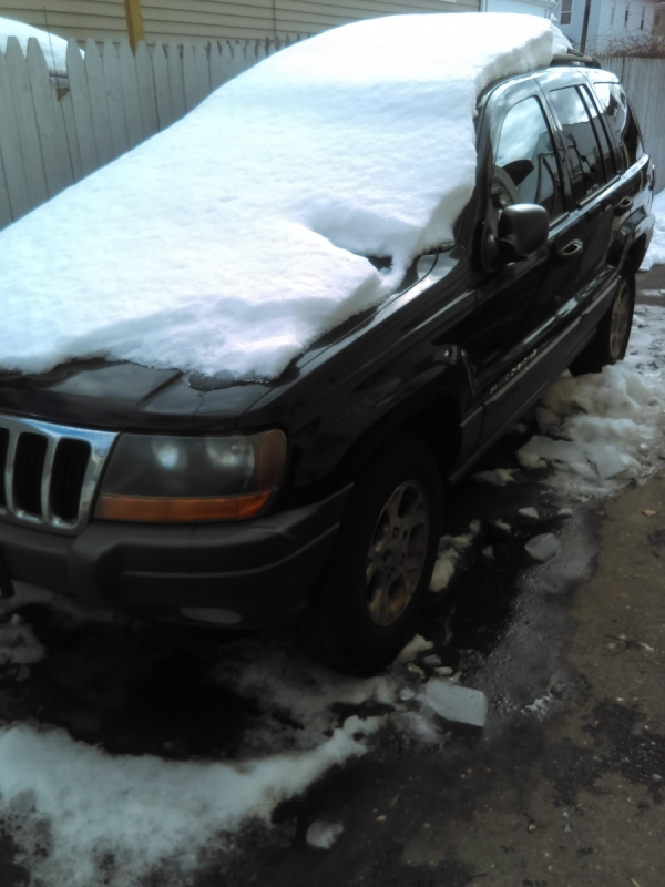 2001 jeep grand cherokee for sale in providence ri salvage cars. Black Bedroom Furniture Sets. Home Design Ideas