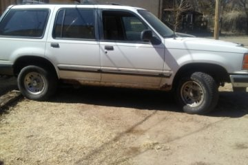 Junk Ford Explorer 1994 Photography