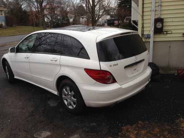 mercedes benz r class 2006 for sale in peabody ma salvage cars. Black Bedroom Furniture Sets. Home Design Ideas