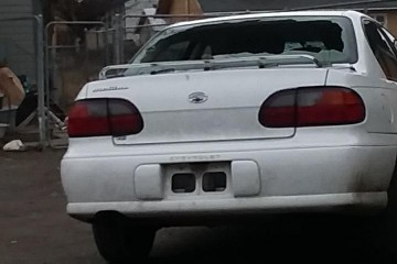 Junk Chevrolet Malibu 2002 Photo