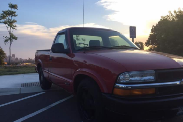 Chevrolet S-10 1998 - Photo 1 of 4