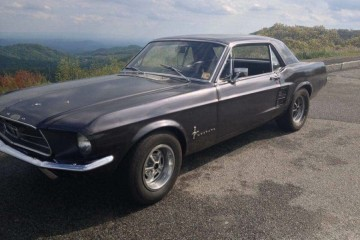 Ford Mustang 1990 - Photo 2 of 2