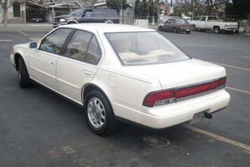 Nissan Maxima 1993 - Photo 2 of 4
