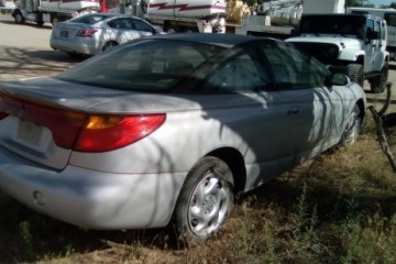 Saturn S-Series 2001 - Photo 2 of 3