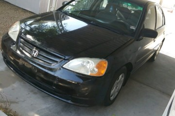 Honda Civic 2002 - Photo 1 of 3