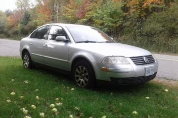 Volkswagen Passat 2003 - Photo 3 of 4
