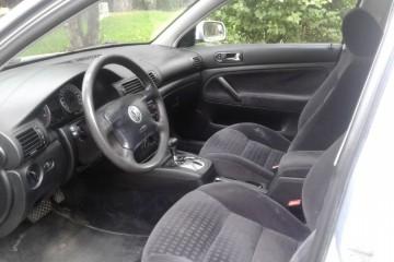 Volkswagen Passat 2003 - Photo 4 of 4