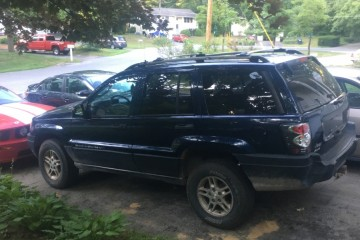Junk Jeep Grand Cherokee 2004 Image