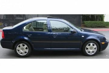 Junk Volkswagen Jetta 2000 Photography