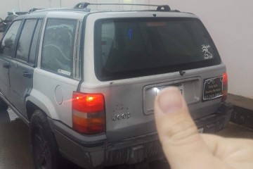 Jeep Grand Cherokee 1994 - Photo 3 of 7