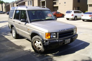 Land Rover Discovery Series II 2001 - Photo 2 of 4