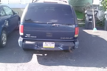 Chevrolet Blazer 2001 - Photo 2 of 6