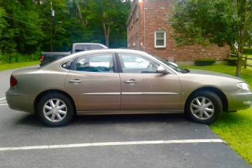 Buick LaCrosse 2006 - Photo 2 of 2