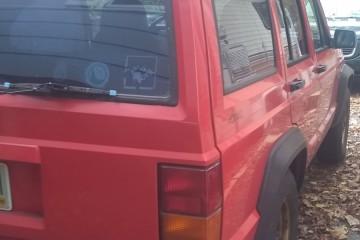 Jeep Cherokee 1996 - Photo 3 of 4