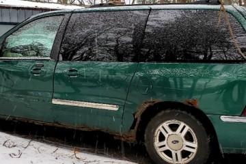 Junk Ford Windstar 2002 Image