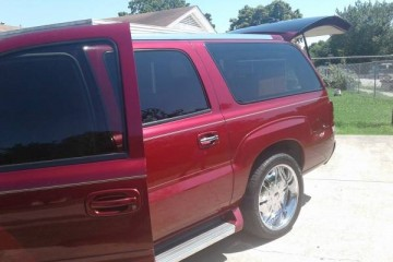 Cadillac Escalade ESV 2005 - Photo 1 of 6