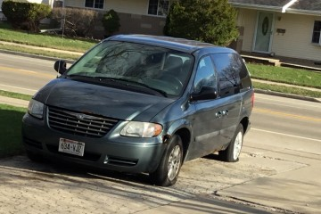 Junk Chrysler Town and Country 2007 Image