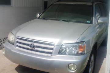 Toyota Highlander 2003 - Photo 3 of 3