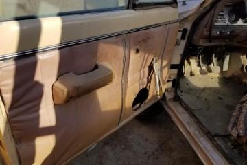 Jeep Comanche 1990 - Photo 13 of 20