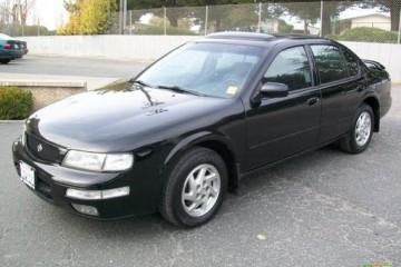 Junk Nissan Maxima 1996 Photography