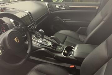 Porsche Cayenne 2013 - Photo 5 of 5