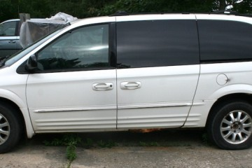 Chrysler Town and Country 2003