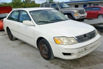 Toyota Avalon 2000