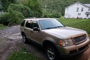 Ford Explorer 2003 - Photo 3 of 3