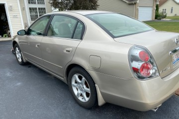 Nissan Altima 2006 - Photo 3 of 5