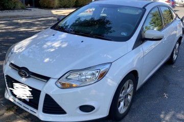 Ford Focus 2014 - Photo 1 of 2